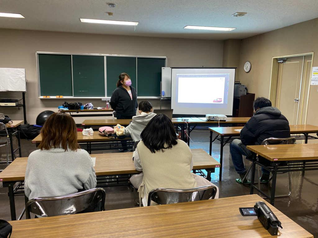 【活動報告】スタッフ研修:子どもとの関わり方・ビジョントレーニングを実施しました